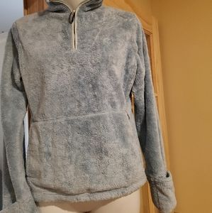 Womens north face pullover fleece